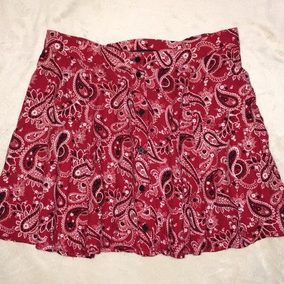 Forever 21 Dresses & Skirts - EUC {Forever 21} Red bandana mini skirt button up